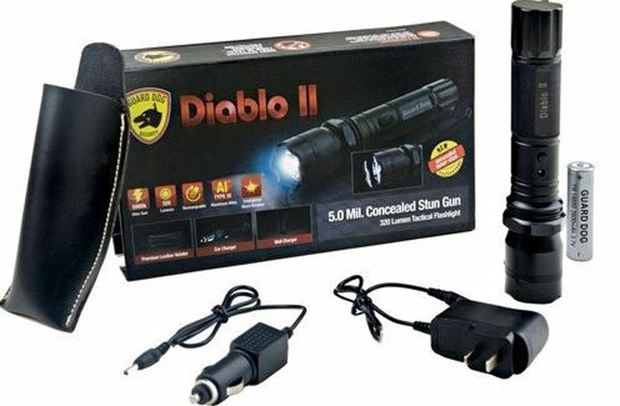 GUARD DOG DIABLO II TLSG-GD5000F 5 MILLION STUN GUN + 320 LUMEN TACTICAL FLASHLIGHT